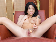 Asian Hottie Tries Out Her New Sex Toys
