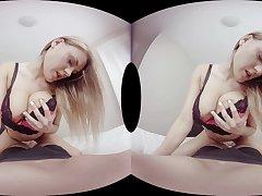 Miguel Zayas  Viola Bailey in Lost panties - VirtualRealPorn